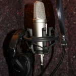 Mic, pop filter and headphones